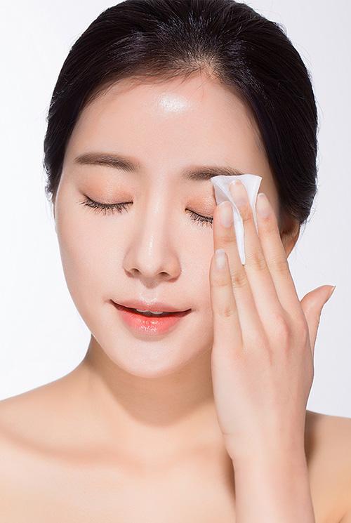 5 lời khuyên khi rửa mặt để làn da luôn mịn màng - 4