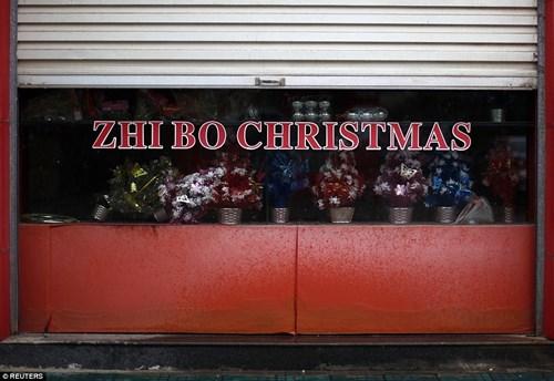 """""""Đột nhập"""" vựa sản xuất đồ Giáng sinh cho toàn thế giới - 6"""