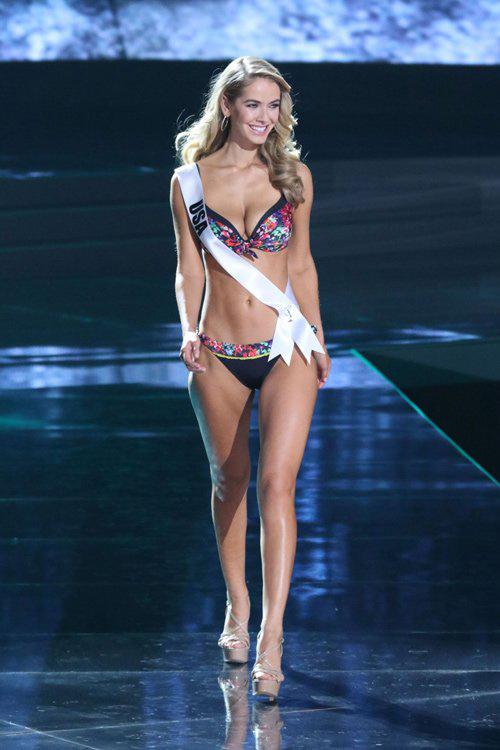 Hoa hậu Mỹ bị dọa giết vì cười khi MC trao nhầm giải - 2