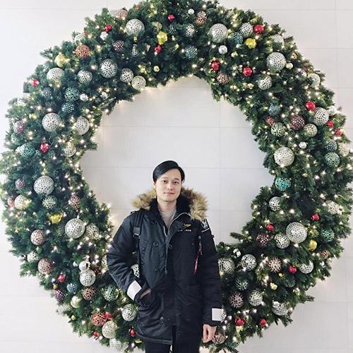 Facebook sao 25/12: Trấn Thành và 'hậu quả ăn chơi Noel' - 12