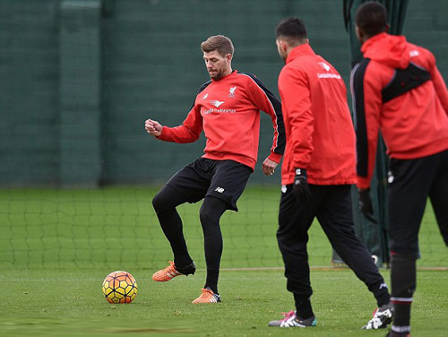 Tin HOT tối 25/12: Gerrard trở về Liverpool - 1
