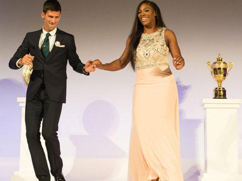 Tin thể thao HOT 25/12: Djokovic, Serena được vinh danh - 1