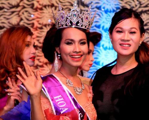 Hoa hậu chuyển giới Việt Nam từng nhận vé vàng Idol - 3