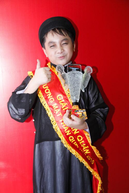 Con trai muốn góp tiền thực hiện tâm nguyện của Hoài Linh - 1