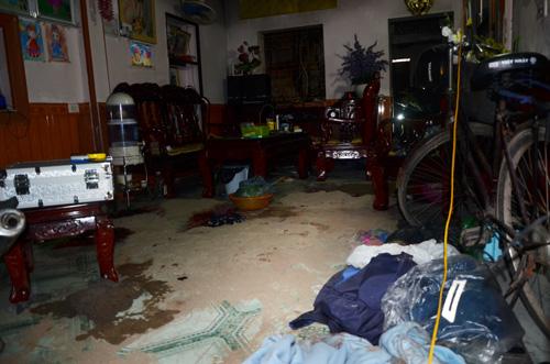 Bắt khẩn cấp nghi can vụ trọng án 2 người chết ở Sơn Tây - 2
