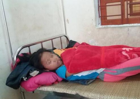 Đêm Noel kinh hoàng của bé 12 tuổi bị đâm vào cánh tay - 1