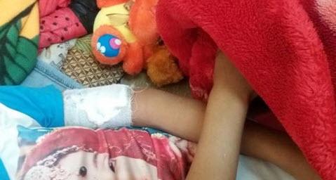 Đêm Noel kinh hoàng của bé 12 tuổi bị đâm vào cánh tay - 2