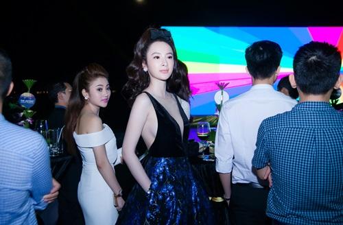 Angela Phương Trinh vừa dễ thương vừa sexy đến nao lòng - 3