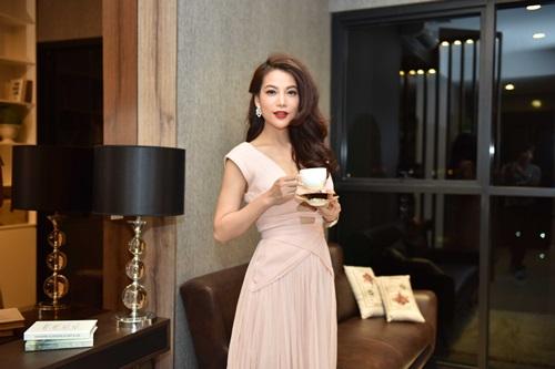 Angela Phương Trinh vừa dễ thương vừa sexy đến nao lòng - 6
