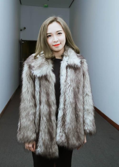 Con gái Xuân Hinh xinh đẹp và sành điệu như hot girl - 6