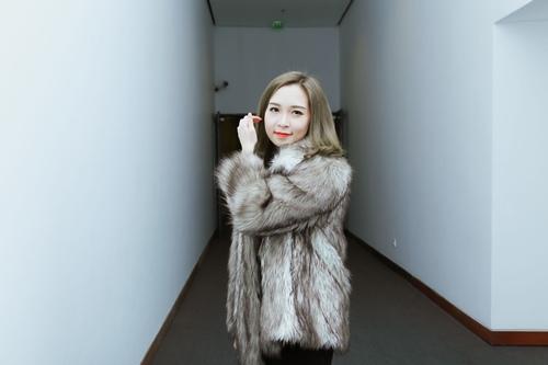 Con gái Xuân Hinh xinh đẹp và sành điệu như hot girl - 5