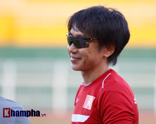 """U23 VN: Băng rôn """"mời ông về"""" & sự tự tin của Miura - 9"""