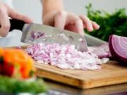 Sức khỏe đời sống - Tác dụng chữa bệnh tuyệt vời của hành tây khi ăn đúng cách