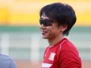 """Bóng đá - U23 VN: Băng rôn """"mời ông về"""" & sự tự tin của Miura"""