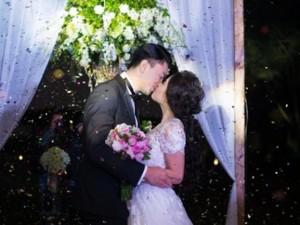 Ngắm trọn ảnh đám cưới cổ tích của 'ca nương' Kiều Anh
