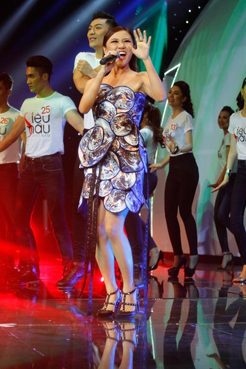 Lộ diện giải Vàng Siêu mẫu Việt Nam 2015 - 2