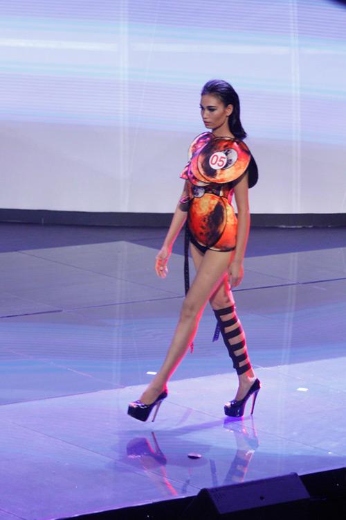 Lộ diện giải Vàng Siêu mẫu Việt Nam 2015 - 9