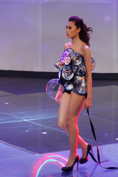 Lộ diện giải Vàng Siêu mẫu Việt Nam 2015 - 11