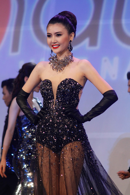 Lộ diện giải Vàng Siêu mẫu Việt Nam 2015 - 18