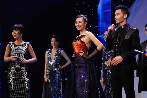 Lộ diện giải Vàng Siêu mẫu Việt Nam 2015 - 19