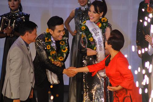 Lộ diện giải Vàng Siêu mẫu Việt Nam 2015 - 23