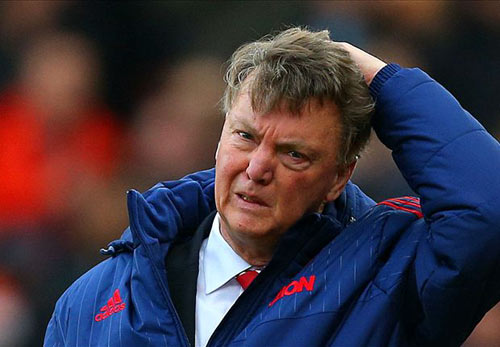 "MU: Ed Woodward bất ngờ ""cầu xin"" Van Gaal ở lại - 4"