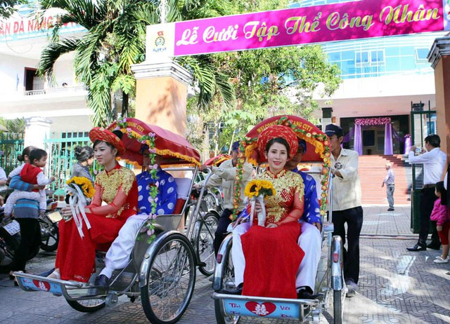 Xúc động đám cưới những công nhân nghèo ở Đà Nẵng - 4