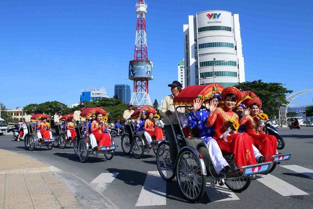 Xúc động đám cưới những công nhân nghèo ở Đà Nẵng - 6