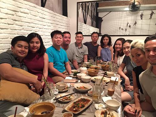 Facebook sao 28/12: Hà Hồ hẹn hò với bạn trai đại gia - 9