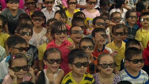Nụ cười hồn nhiên của trẻ thơ tại rạp chiếu phim đặc biệt - 6
