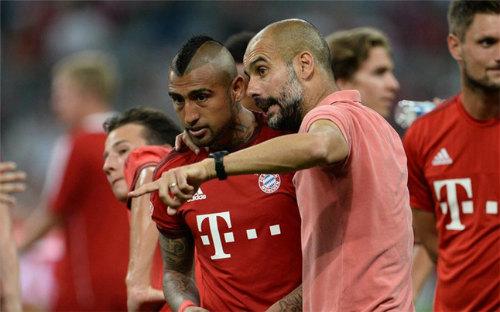 """Guardiola đến Manchester: """"Nhà truyền đạo"""" tiki-taka - 3"""