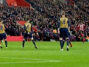 """Bóng đá - Hai cú """"đại bác"""" hạ MU, Arsenal đẹp nhất vòng 18 NHA"""