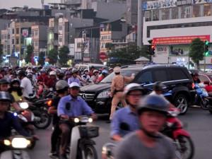 Tin tức trong ngày - Chủ tịch Hà Nội đề xuất hạn chế phương tiện cá nhân