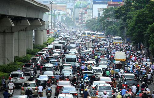 Bộ trưởng Thăng: Hà Nội, TP.HCM được hạn chế xe cá nhân - 1