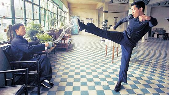 Phim của Chân Tử Đan, Mike Tyson 'điên cuồng' lập kỷ lục - 3