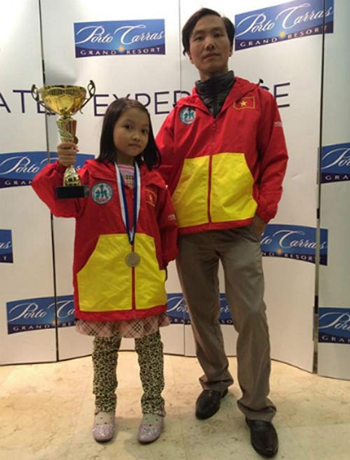 Tin thể thao HOT 29/12: Cặp cha con cờ vua được vinh danh - 1