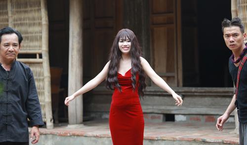 'Hot girl cảnh nóng' Linh Miu: 'Tôi không nham hiểm' - 2