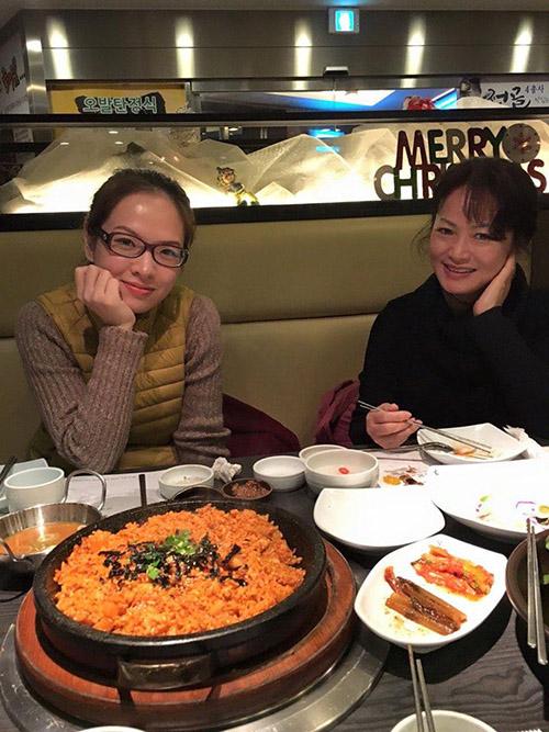 Facebook sao 29/12: Hà Hồ bình yên bên 'anh ấy' - 4