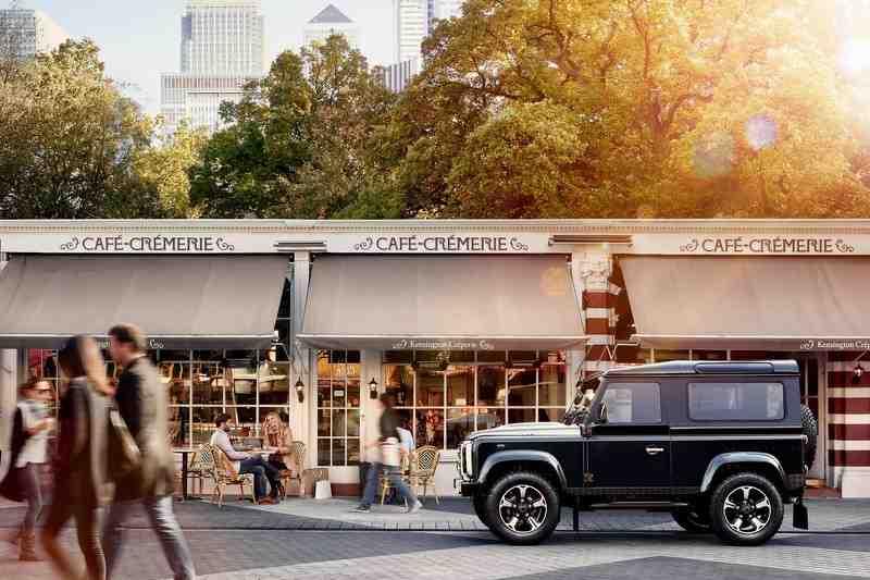 Ra mắt hàng 'khủng' Land Rover Defender bản đặc biệt - 2