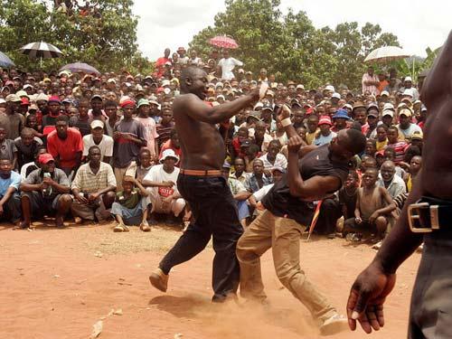 Boxing bộ tộc: Đánh cho đối thủ xin mới thôi - 6