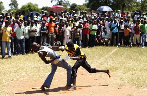 Boxing bộ tộc: Đánh cho đối thủ xin mới thôi - 4
