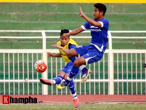 """U23 Việt Nam """"căng như dây đàn"""" trước ngày đi Qatar - 9"""