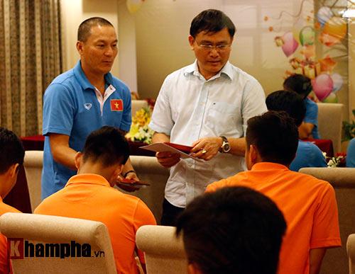 """U23 Việt Nam """"căng như dây đàn"""" trước ngày đi Qatar - 2"""
