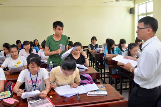 Giáo viên nghe - nói tiếng Anh ấm ớ - 1