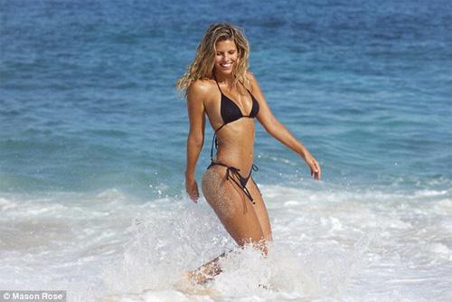 Áo tắm gợi cảm của sao đốt nóng bãi biển dịp cuối năm - 14