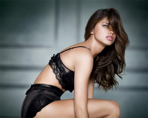 Bí mật vẻ đẹp của thiên thần nội y sexy nhất Brazil - 4