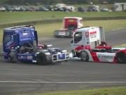 """Thể thao - Đua xe tải: """"Bay"""" trên những cỗ máy 6 tấn"""