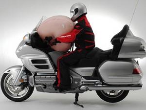 Honda trang bị túi khí siêu an toàn cho xe mô tô