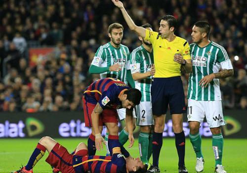 Đá trận 500 cho Barca, Messi tỏa sáng rực rỡ - 3