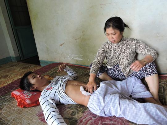 Mới nghi ngờ, công an xã đã đánh người dập lá lách - 2